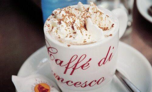 cappuccino o cafè vienès